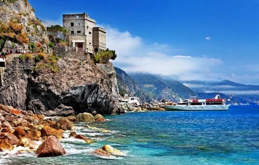 Монтероссо-аль-Маре Италия