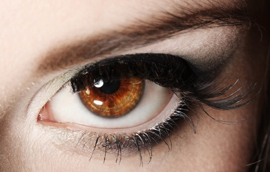 Глаз вблизи