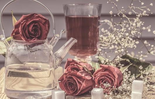 Фотообои Чай из лепестков роз