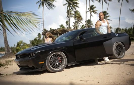 Фотообои Dodge Вин Дизеля