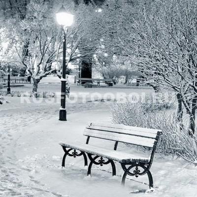 Заснеженная скамья