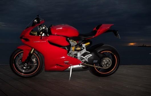 Фотообои мотоцикл ducati