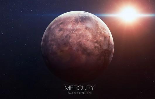 Планета Меркурий на фоне земли
