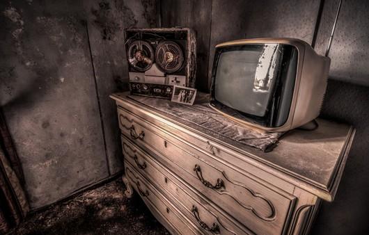 Фотообои Старый телевизор и магнитофон бабник на комоде
