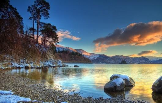 Фотообои Первый снег на озере