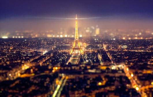 Эйфелева башня с высоты ночью,Париж