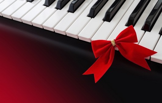 Клавиши пианино с бантиком