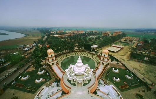 Индийский храм с высоты птичьего полёта