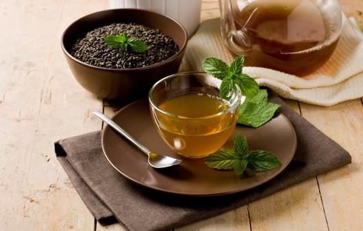 Фотообои Чашка ароматного мятного чая