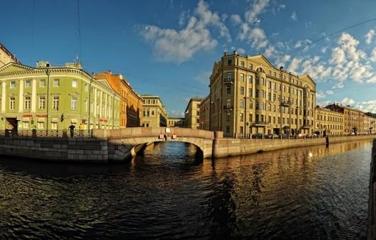 Фотообои Набережная в Санкт-Петербурге