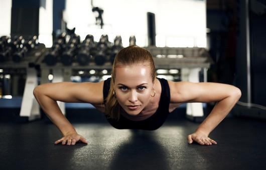 Фитнес,отжим от пола