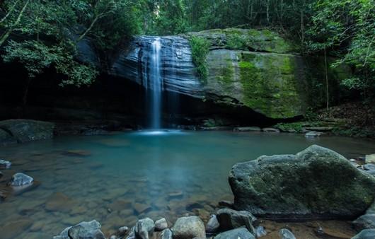 Водопад горной речушки