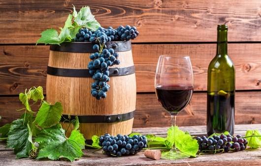Фотообои Вино из красного винограда
