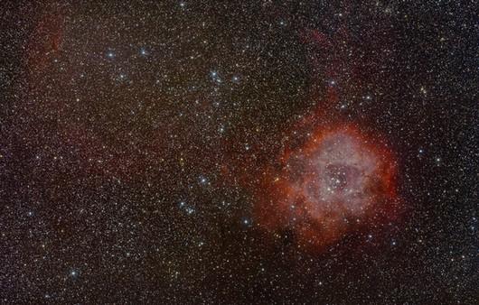 Розетка в созвездии Единорог
