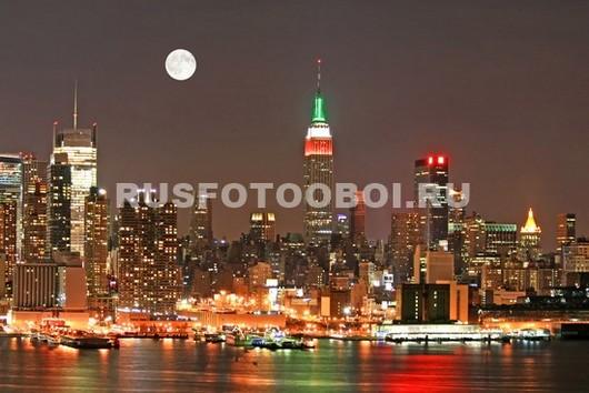 Луна над Нью-Йорке