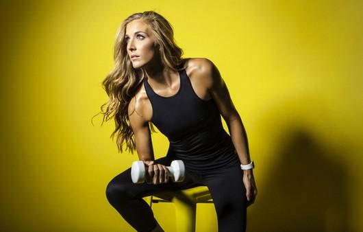 Фотообои фитнес женщина