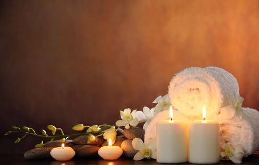 яркие свечи