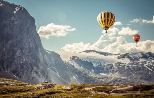 Полет на шаре в горах