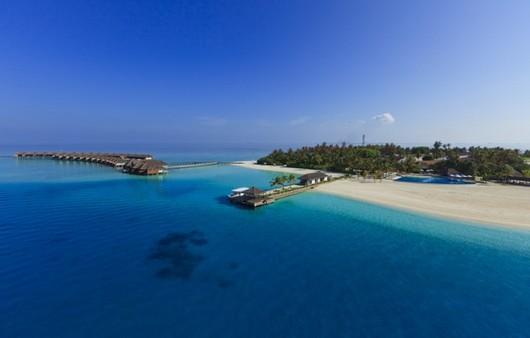 голубая вода на Мальдивах