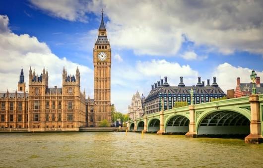 Фотообои часовая башня в Лондоне
