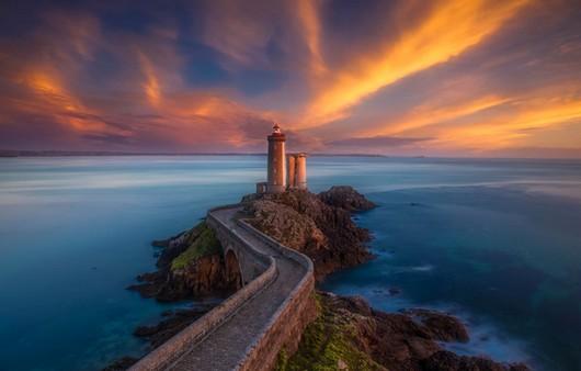 Фотообои Башня во Франции