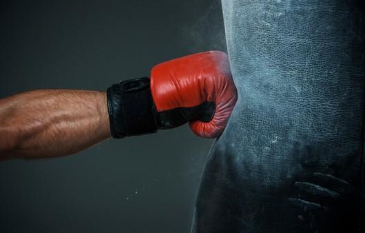 Фотообои удар боксера