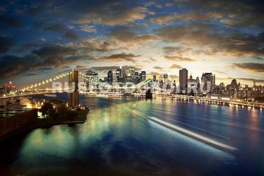 Городской пейзаж с Бруклинским мостом