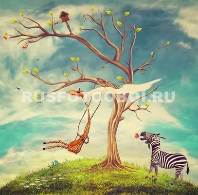 Жираф на качелях