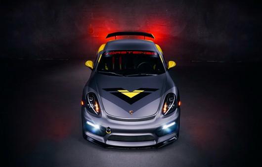 Porsche с неоновой подсветкой