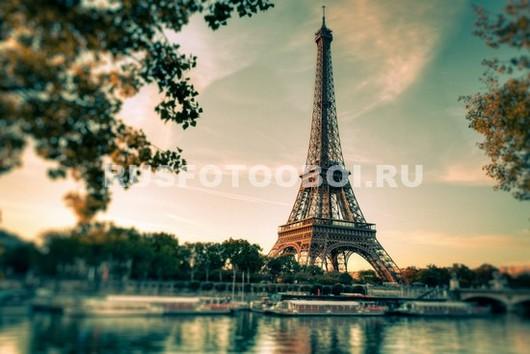 Фотообои Эйфелева башня летом