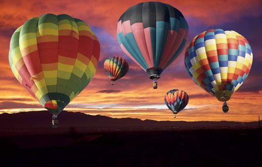Воздушные шары в небе на закате