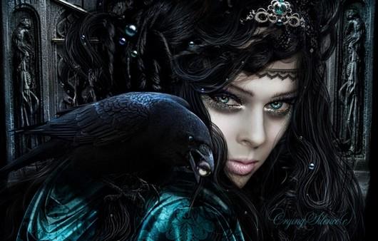 Черная девушка с короной