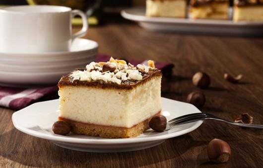 Фотообои Десерт с орехами