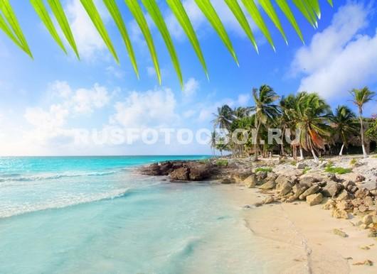 Безлюдный пляж