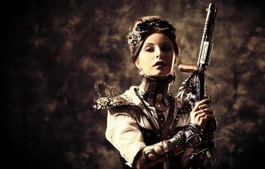 Стильная девушка с оружием