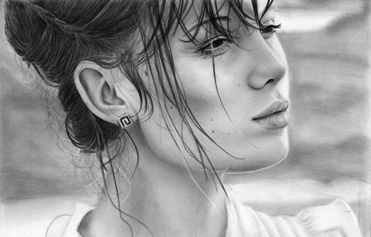 Портрет красивой девушки