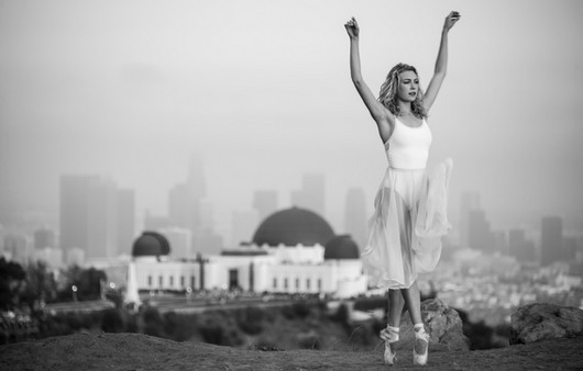 Балерина в белом платье