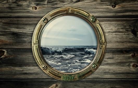 Иллюминатор с видом на море