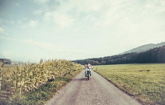 Фотообои Мужчина на мотоцикле