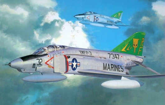 Самолет RF-4B