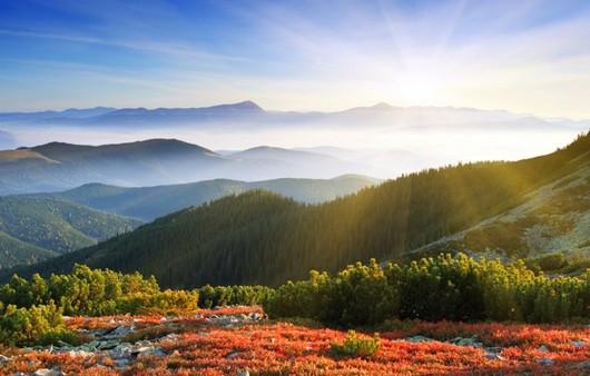 Утренний рассвет в горах