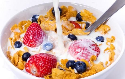 Фотообои Мюсли с ягодами