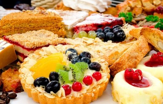 Фотообои Десерт с ягодами