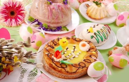 Пасхальные яйца и пироги
