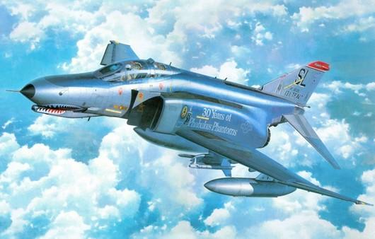Самолет F-4e