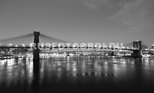 Отражение Нью-Йоркских огней в воде