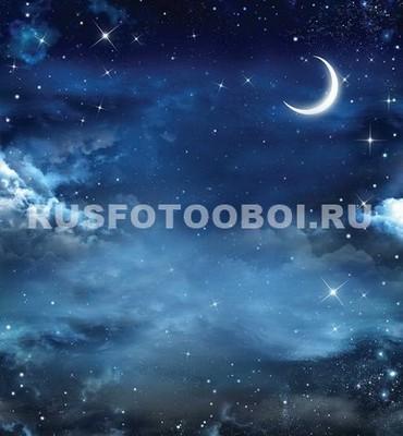 Звездное небо с Луной