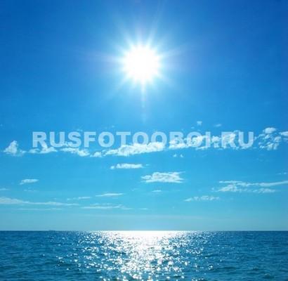 Ясное небо над морем