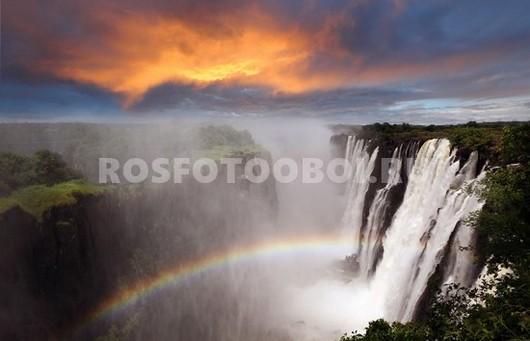 Водопад с радугой