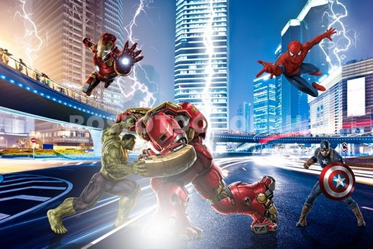 Супергерои в бою молнии